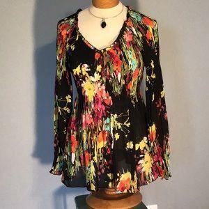 Oh so feminine floral blouse